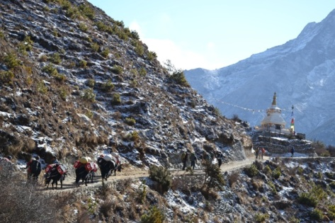 The route to Everest Base Camp, Khumbu, Nepal, April 2014